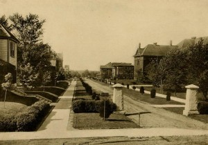 College Avenue in 1913