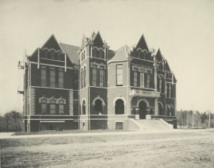 Students' Building, 1905
