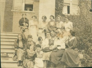 The initial Dikean Literary Society members, 1918